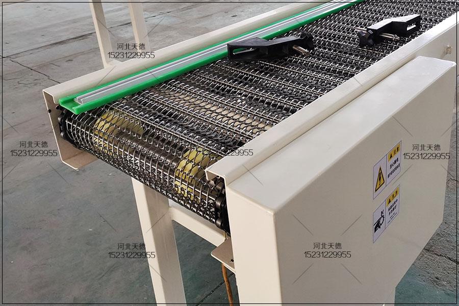鱼类肉类加工线网带输送机的防水设计
